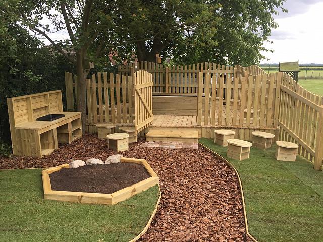 Secret Garden Design - Corringham Primary School - Newby ...