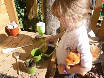 Mud Kitchen and Messy play