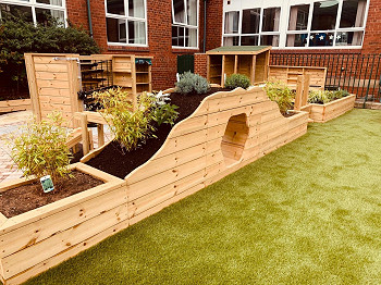 Bespoke Planter Play Tunnel