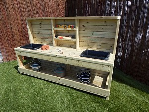 Children's Mud Kitchen
